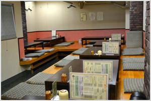 草乃家「橘通りにある韓国料理屋さんお店は階段を …